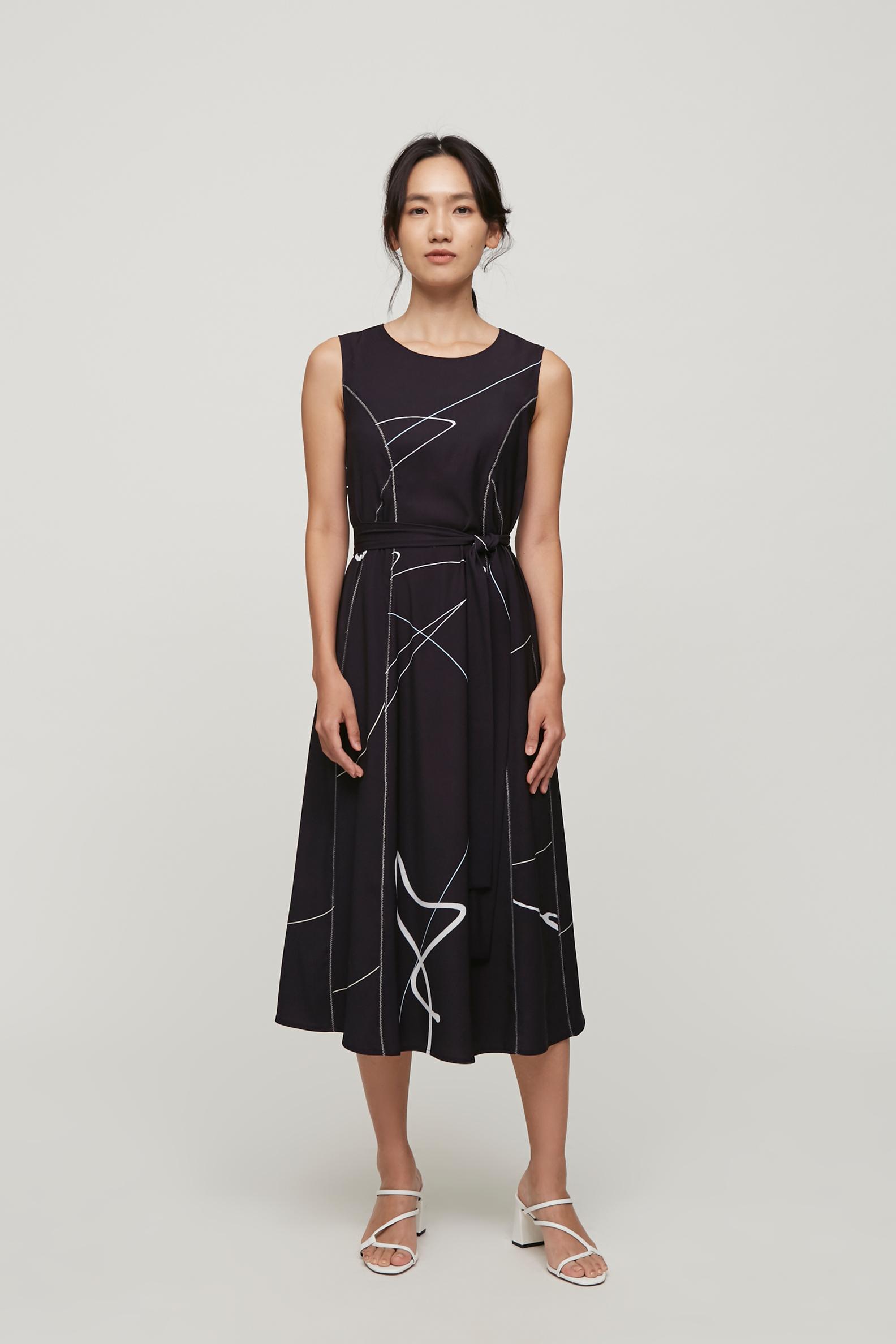 Trail Midi Dress