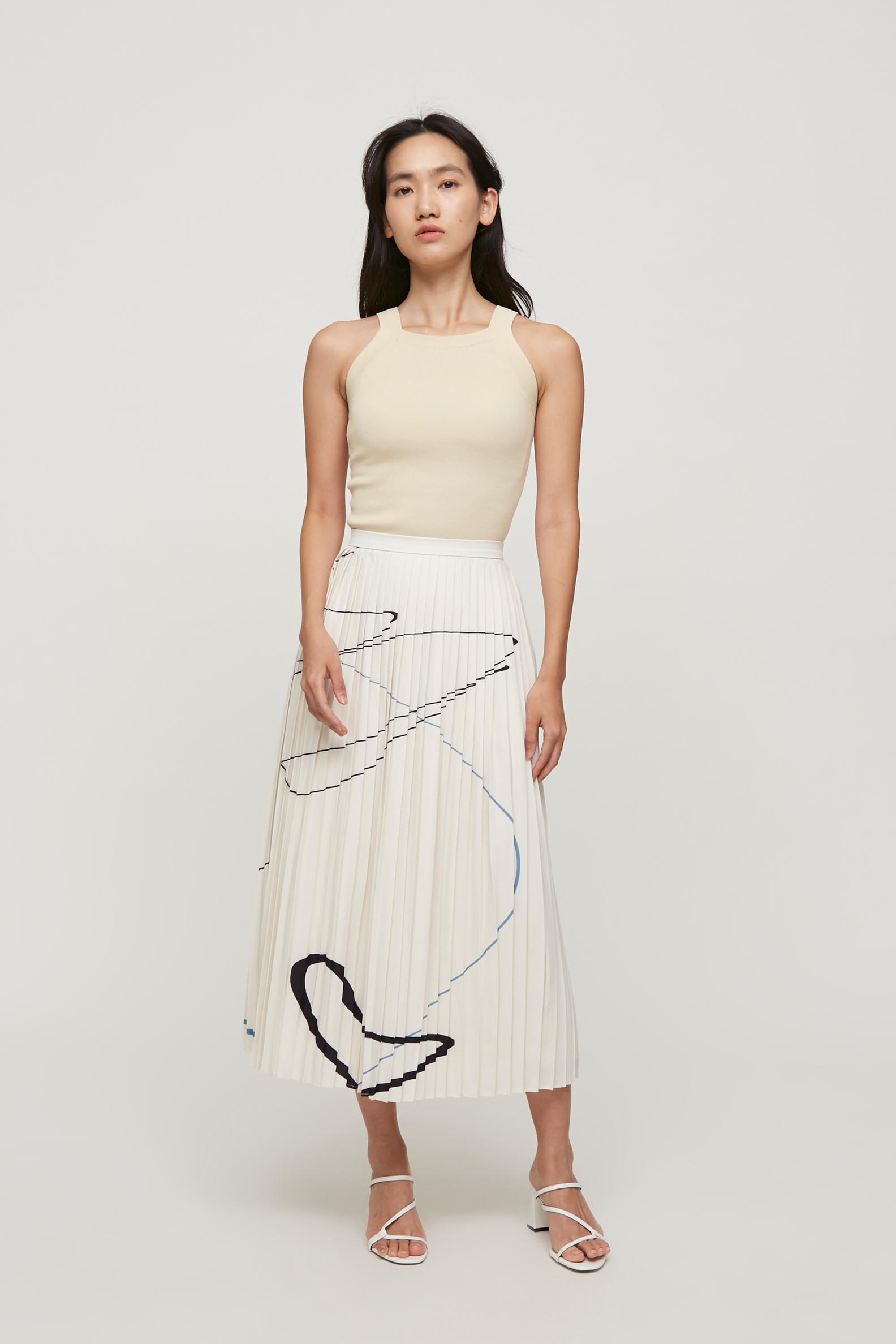 Trail Pleated Skirt