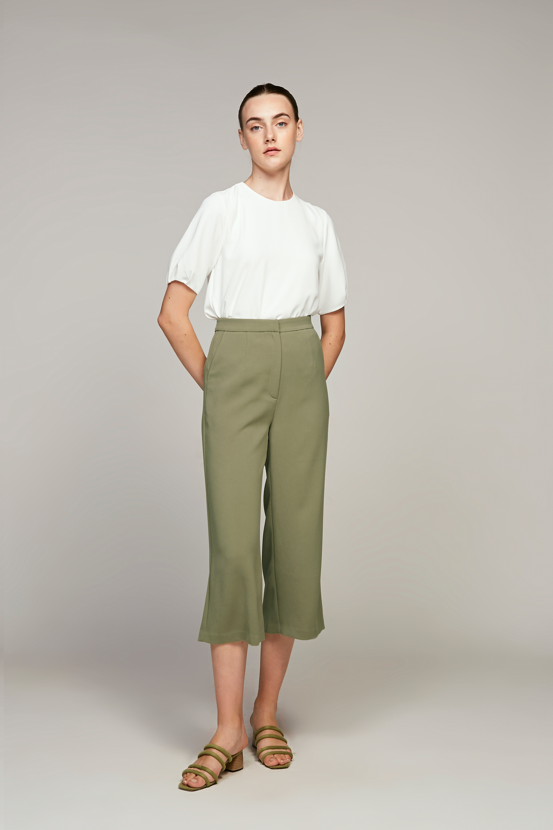 Crepe High-Waisted Pants